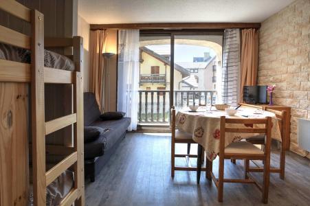 Holiday in mountain resort Studio sleeping corner 3 people (SAN01) - Résidence les Bardeaux - Montgenèvre