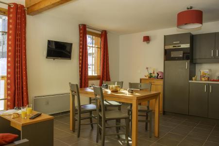 Vacances en montagne Résidence les Chalets de Belledonne - Saint Colomban des Villards - Cuisine ouverte