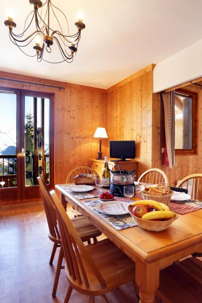Vacances en montagne Résidence les Chalets des Cimes - La Toussuire - Table