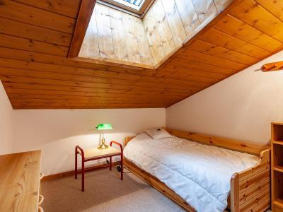 Vacances en montagne Appartement 4 pièces 6 personnes (F07) - Résidence les Cimes I - Méribel-Mottaret - Velux