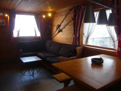Vacances en montagne Chalet 3 pièces 7 personnes - Résidence les Edelweiss - Champagny-en-Vanoise - Table