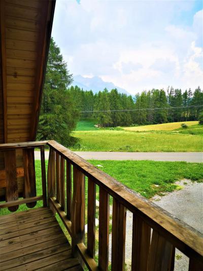 Vacances en montagne Chalet mitoyen 3 pièces 7 personnes (39) - Résidence Les Flocons du Soleil - La Joue du Loup - Extérieur été