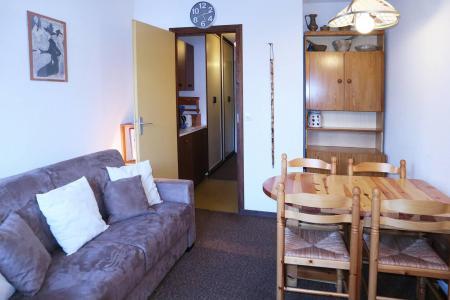 Holiday in mountain resort Studio sleeping corner 4 people (108) - Résidence les Gradins - Les Orres - Living room
