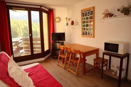 Holiday in mountain resort Studio sleeping corner 4 people (109) - Résidence les Gradins - Les Orres - Sofa bed