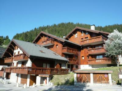 Location au ski Residence Les Jardins Du Morel - Méribel - Extérieur été