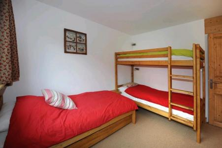 Vacances en montagne Appartement 2 pièces 5 personnes (D3) - Résidence les Lauzes - Les Menuires - Lits superposés