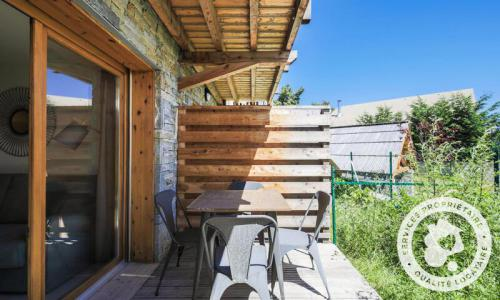 Аренда на лыжном курорте Апартаменты 2 комнат 4 чел. (Sélection 35m²) - Résidence les Mélèzes - Maeva Home - La Joue du Loup - летом под открытым небом