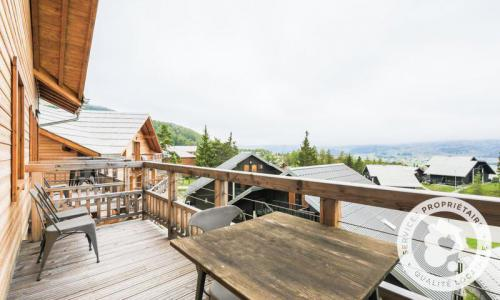 Аренда на лыжном курорте Квартира студия для 4 чел. (Sélection -3) - Résidence les Mélèzes - Maeva Home - La Joue du Loup - летом под открытым небом