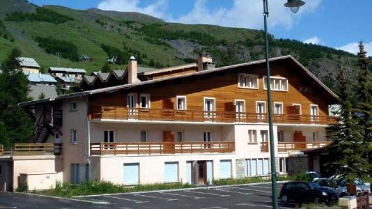 Location au ski Residence Les Myrtilles - Vars - Extérieur été