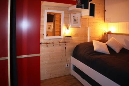 Holiday in mountain resort Studio sleeping corner 4 people (211) - Résidence les Orrianes des Forêts - Les Orres - Pull-out beds