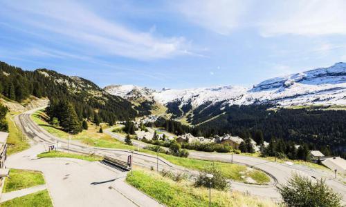 Wakacje w górach Résidence les Portes du Grand Massif - Maeva Home - Flaine - Na zewnątrz latem