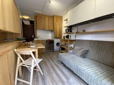 Holiday in mountain resort Studio 2 people (erable) - Résidence les Sommets - Chamonix - TV