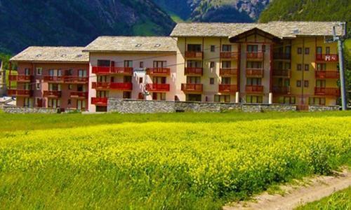 Location au ski Residence Les Terrasses De Termignon - Termignon-la-Vanoise - Extérieur été