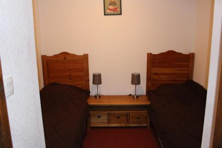Holiday in mountain resort 2 room apartment 4 people (C31) - Résidence les Valmonts - Valloire - Single bed