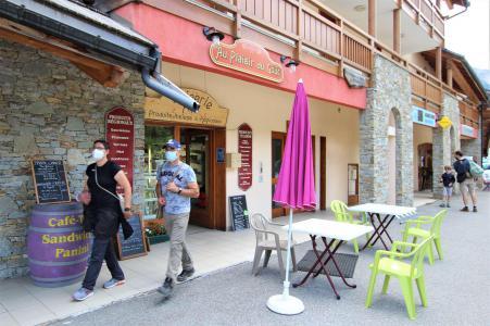 Vacances en montagne Studio cabine 5 personnes (A003) - Résidence Neyzets - Serre Chevalier