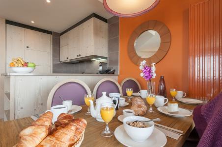 Vacances en montagne Résidence P&V Premium l'Amara - Avoriaz - Table