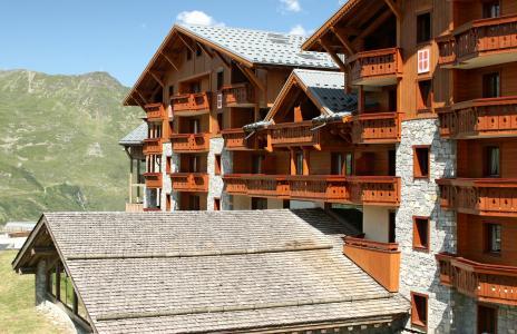 Vacances en montagne Résidence P&V Premium les Alpages de Reberty - Les Menuires - Extérieur été
