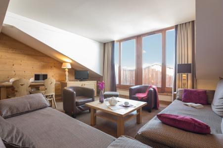 Vacances en montagne Résidence P&V Premium les Chalets du Forum - Courchevel - Table basse