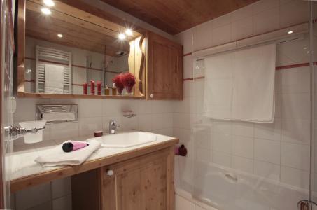Vacances en montagne Résidence P&V Premium les Fermes de Méribel - Méribel - Salle de bains