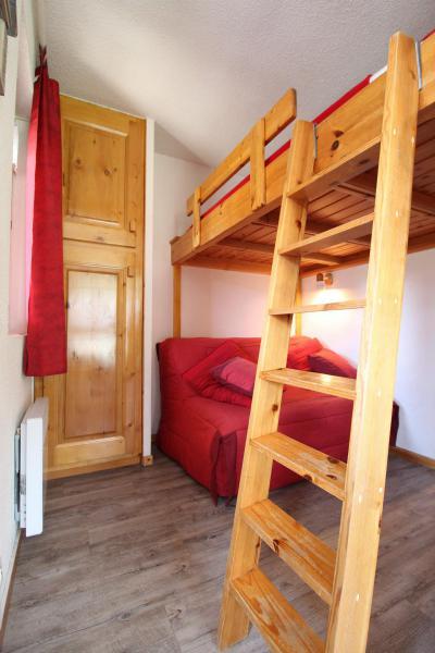 Vacances en montagne Studio cabine 4 personnes (A004) - Résidence Pied de Pistes - Val Cenis