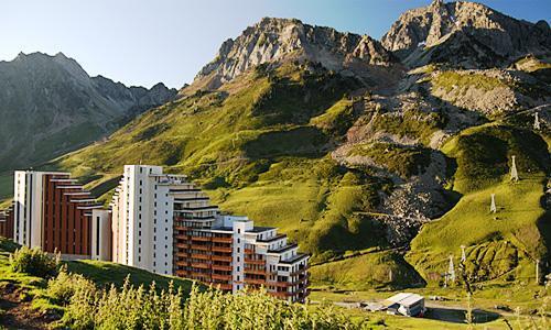 Location au ski Residence Pierre Et Vacances Le Montana - Barèges/La Mongie - Extérieur été