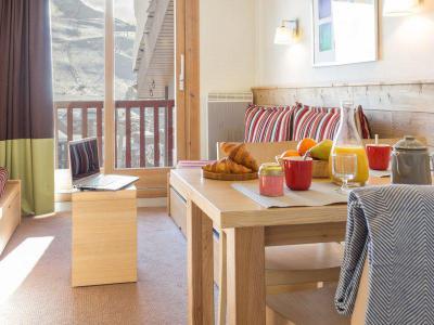 Vacances en montagne Appartement 2 pièces 5 personnes - Résidence Pierre et Vacances les Gémeaux - La Plagne