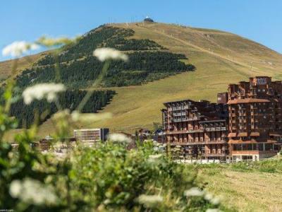 Location au ski Residence Pierre & Vacances L'ours Blanc - Alpe d'Huez - Extérieur été