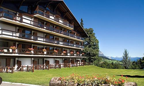 Rent in ski resort Résidence Pierre & Vacances le Mont d'Arbois - Megève - Summer outside