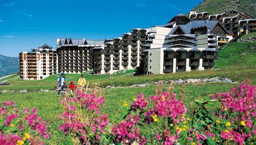 Location au ski Residence Pierre & Vacances Le Tikal - Val Thorens - Extérieur été