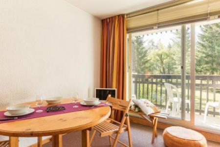 Vacances en montagne Studio coin montagne 4 personnes (005) - Résidence Plaine Alpe - Serre Chevalier - Table