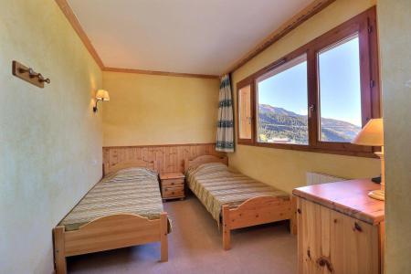 Vacances en montagne Appartement 2 pièces 4 personnes (1114) - Résidence Plein Soleil - Méribel-Mottaret