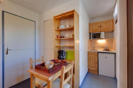 Vacances en montagne Studio 2 personnes - Résidence Plein Sud - Les 2 Alpes - Kitchenette