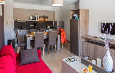Holiday in mountain resort Résidence Prestige Front de Neige - La Plagne - Living room