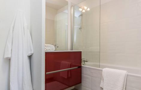 Vacances en montagne Résidence Prestige Front de Neige - La Plagne - Salle de bains
