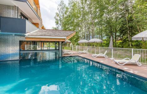 Rent in ski resort Résidence Prestige Isatis - Chamonix - Summer outside