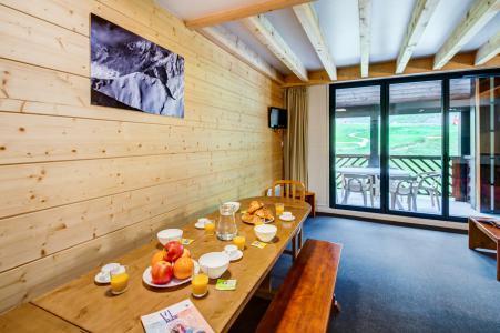 Vacances en montagne Résidence Privilège - Peyragudes - Table