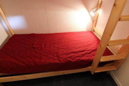 Vacances en montagne Appartement 2 pièces cabine 4 personnes (77) - Résidence Reine Blanche - Val Thorens - Table