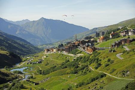Vacances en montagne Résidence Soleil Vacances les Menuires - Les Menuires - Extérieur été