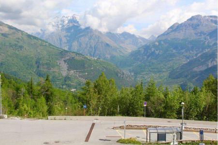 Rent in ski resort Studio sleeping corner 3 people (304) - Résidence St Moritz - Puy-Saint-Vincent - Summer outside