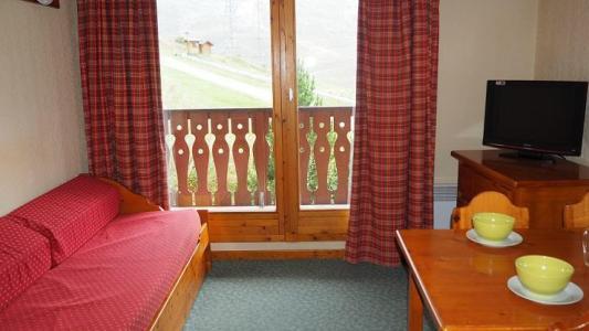 Vacances en montagne Appartement 2 pièces 4 personnes (VM0408) - Résidence Valmont - Les Menuires - Canapé-lit