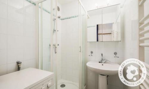 Location au ski Appartement 3 pièces 8 personnes (Confort 59m²-2) - Résidence Verseau - Maeva Home - Flaine - Douche