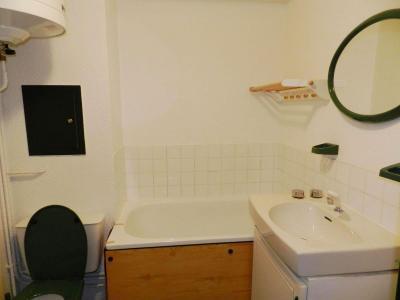 Holiday in mountain resort Studio cabin 4 people (standard) - Résidences le Pleynet les 7 Laux - Les 7 Laux - Bathroom