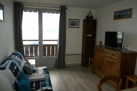 Urlaub in den Bergen 3-Zimmer-Appartment für 7 Personen (Standard) - Résidences Prapoutel les 7 Laux - Les 7 Laux - Wohnzimmer