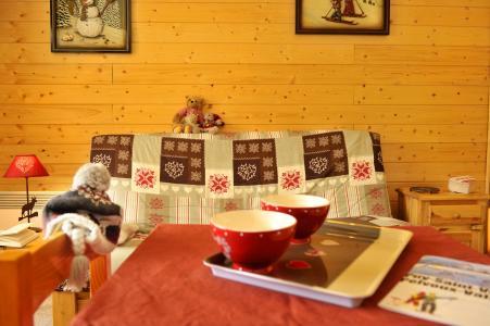 Vacances en montagne Résidences Puy St Vincent 1600 - Puy-Saint-Vincent - Canapé-lit
