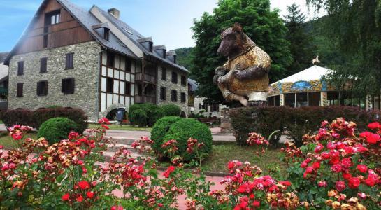 Location au ski VVF Villages l'Aurégon - Saint Lary Soulan - Extérieur été