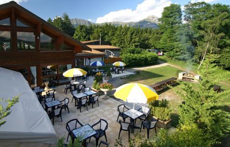 Location au ski VVF Villages le Roure - Saint-Léger-les-Mélèzes - Extérieur été